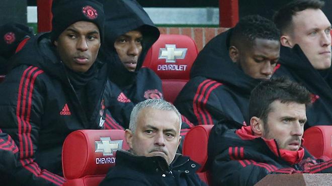 Cả đội M.U, chỉ có đúng 3 cầu thủ gửi lời cảm ơn Mourinho