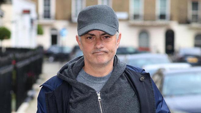 CẬP NHẬT sáng 22/12: Trọng Hoàng chấn thương. Quế Ngọc Hải đầu quân cho Viettel. Sốc với điểm đến mới của Mourinho