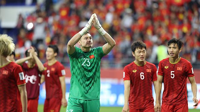 Đội tuyển Việt Nam được thưởng nóng 1 tỷ đồng sau trận thắng Jordan