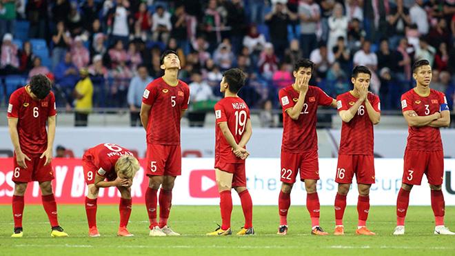 Quang Hải, Văn Toàn không dám nhìn Tiến Dũng sút quả penalty kết liễu Jordan