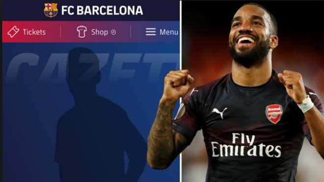 Alexander Lacazette bất ngờ có tên ở mục đội một trên trang web của Barca