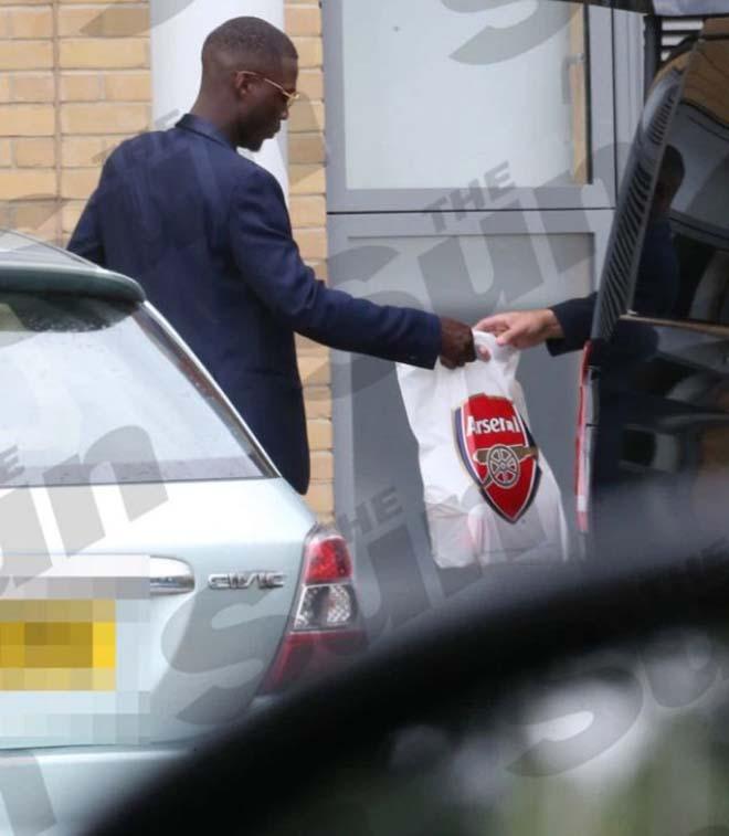 CHÍNH THỨC: Vượt mặt M.U, Arsenal chiêu mộ thành công tiền đạo hàng đầu Ligue 1 - 270897