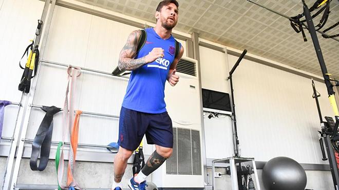 BÓNG ĐÁ HÔM NAY 13/9: Chấn thương Messi thêm trầm trọng. Công bố giá vé trận Việt Nam vs Malaysia