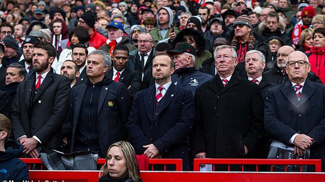 MU, bong da, bóng đá, tin tuc bong da, tin tức MU, chuyển nhượng MU, M.U, Man United, Quỷ đỏ, De Gea ủng hộ Solskjaeer, Mu mua Dembele, Greenwood, Mandzukic, Pogba