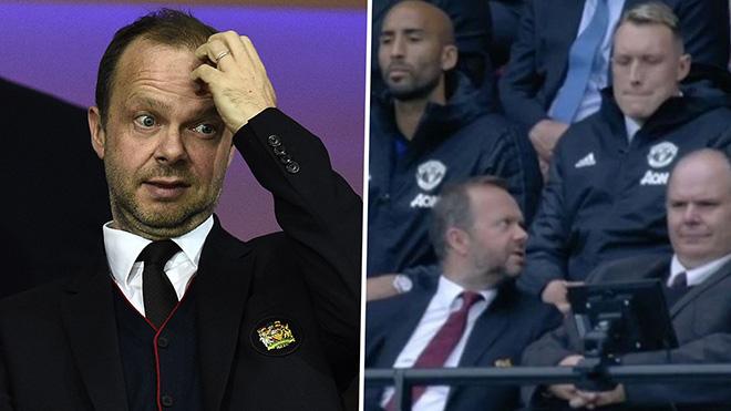 Bóng đá hôm nay 23/10: Lộ video Phil Jones đòi sếp MU sa thải Solskjaer. Dortmund đàm phán với Mourinho