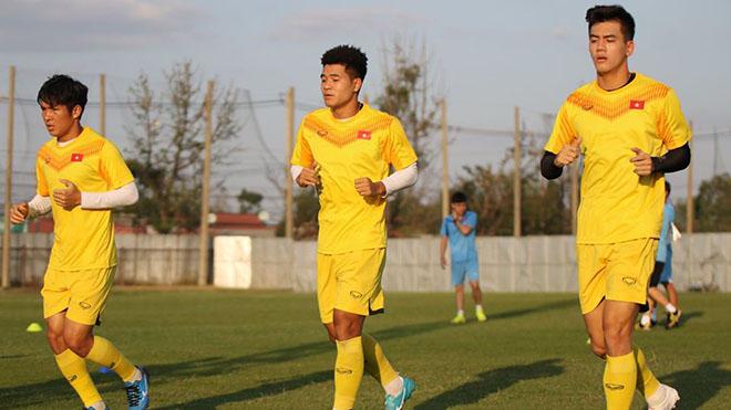Bóng đá hôm nay 10/1: U23 Việt Nam chia điểm U23 UAE. Messi chỉ trích Barca sai lầm như trẻ con