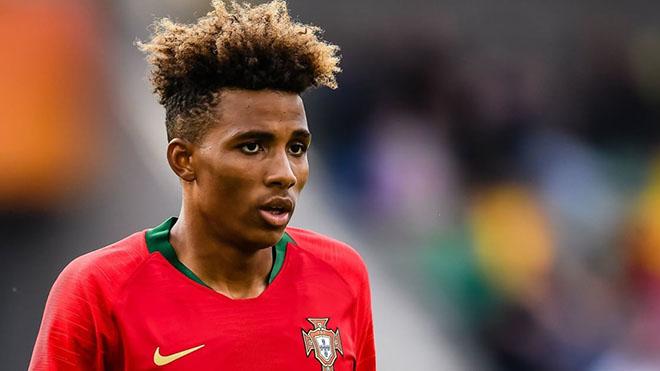 Chuyển nhượng, chuyển nhượng bóng đá, chuyển nhượng bóng đá hôm nay, chuyển nhượng MU, chuyển nhượng Barca, Barca thay HLV, MU mua Bruno Fernandes, tin tức bóng đá