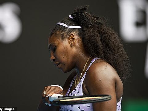 Tennis: Serena Williams thua sốc tay vợt số 1 Trung Quốc, dừng bước ở Australian Open