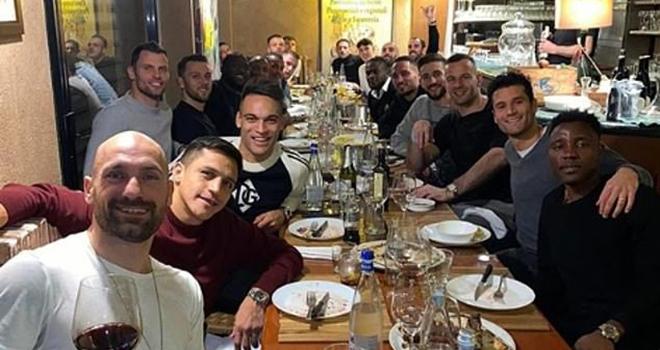 Covid-19, tin tuc bong da, cap nhat covid-19, tin tức bóng đá hôm nay, Lukaku bị cách ly, bóng đá bị hoãn vì covid19, virus corona, bóng đá Italy, Italia, Serie A, Lukaku