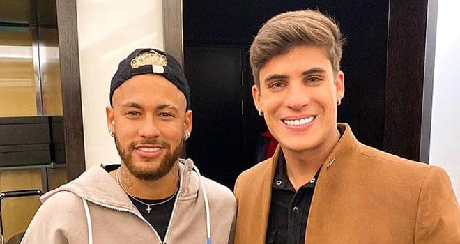 Bong da, tin tuc bong da, tin bong da, bong da hom nay, Bóng đá hôm nay, tin bóng đá, Neymar, Mẹ Neymar, Mẹ Neymar và bạn trai 23 tuổi, đồng tính, PSG, Brazil