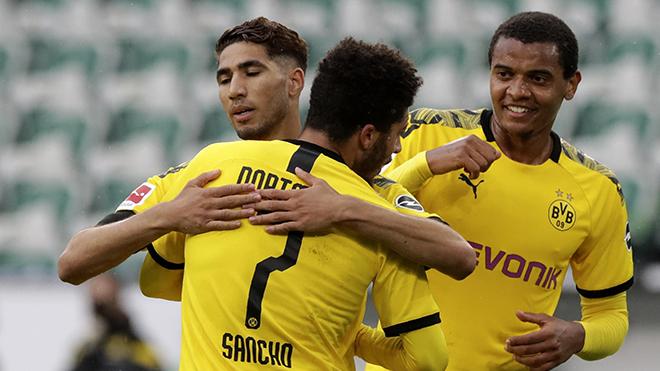 Jadon Sancho cân bằng thành tích với Messi, có thể bị khiển trách vì ăn mừng