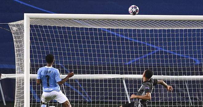 Ket qua bong da, Kết quả Cúp C1. Man City 1-3 Lyon: Sterling bỏ lỡ không tưởng, video clip Man City 1-3 Lyon, Sterling bỏ lỡ cơ hội, Sterling, Man City bị loại, Lyon, C1