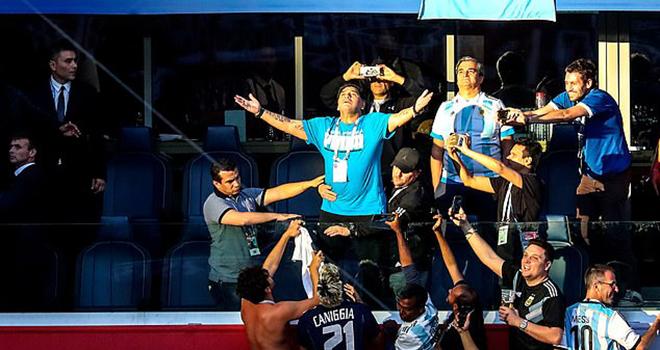 Maradona, Diego Maradona, Maradona qua đời, Những khoảnh khắc điên rồ, Cuộc đời và sự nghiệp Maradona, World Cup 1986, Mexico 86, Bàn tay của Chúa, Napoli, Barcelona