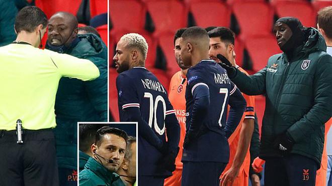 Trận PSG vs Istanbul bị hoãn giữa chừng vì trọng tài phân biệt chủng tộc
