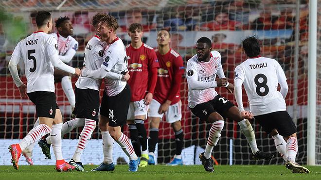 MU 1-1 AC Milan: Quỷ đỏ đánh rơi chiến thắng phút bù giờ