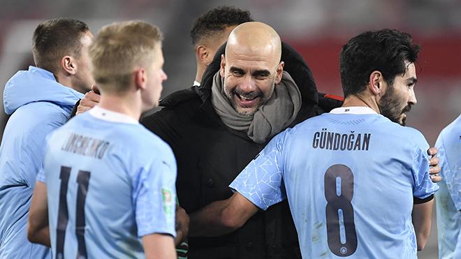 Guardiola: 'Chúng tôi sẽ luôn luôn ghi nhớ mùa giải khó khăn nhất này'