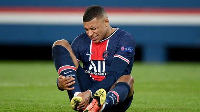 PSG đứng ngồi không yên với chấn thương của Mbappe