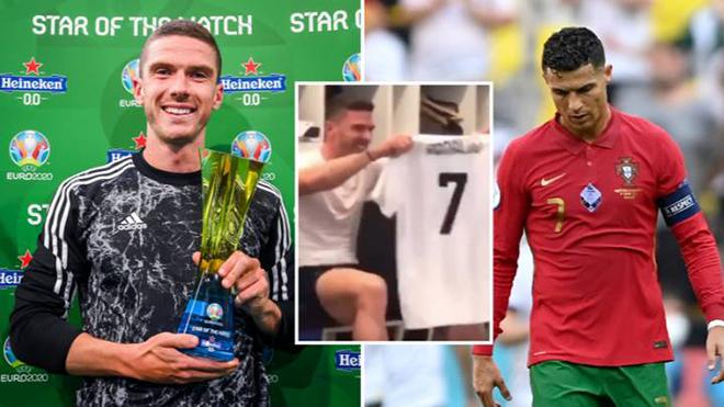 Hậu vệ Đức xấu hổ vì bị Ronaldo từ chối đổi áo và màn báo thù ngọt ngào