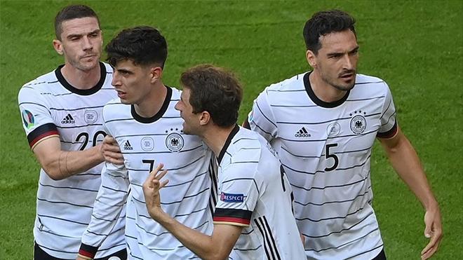 Tin EURO 1/7: Van Gaal có thể trở lại tuyển Hà Lan, 4 cầu thủ Đức cân nhắc giã từ ĐTQG.