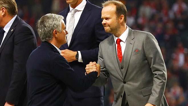 Man United vẫn vô địch thế giới về giá trị dù chỉ là 'chú Sáu'