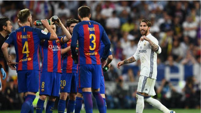 Nhận thẻ đỏ, vỗ tay với trọng tài, Ramos sẽ bị phạt như Neymar?