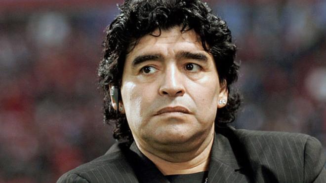 Maradona: 'Putin là hiện tượng, Trump như một nhân vật hoạt hình'