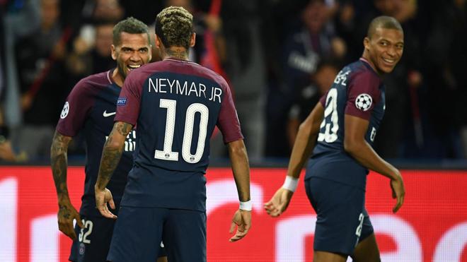 'Mbappe sẽ là siêu sao mới. Bayern cố tình thua để được gặp... Arsenal'