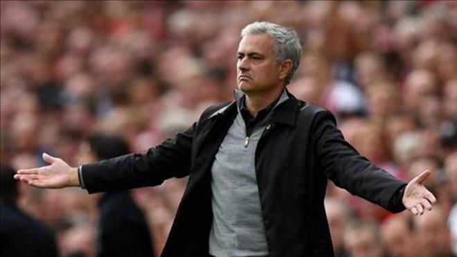 Mourinho 'nói cứng' sau kết quả hòa của M.U trước Liverpool