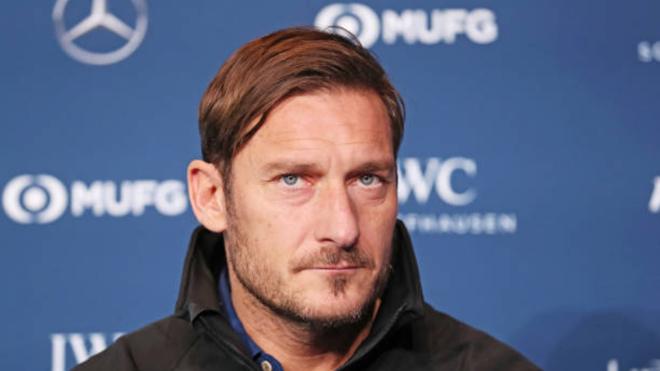 Totti phản ứng 'bất ngờ' khi Roma gặp Barcelona ở Tứ kết Champions League
