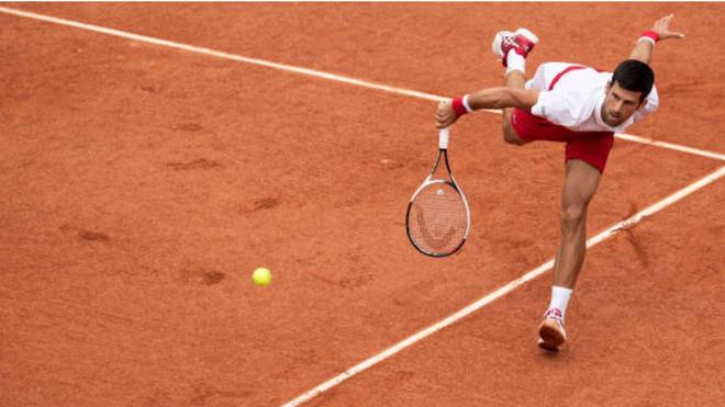 TENNIS 31/5: Djokovic lần thứ 13 lọt vòng 3 Roland Garros. Zverev, Dimitrov suýt thua