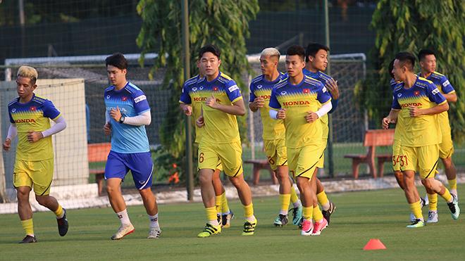 Tin tức bóng đá Việt Nam ngày 27/9: Tuyển Việt Nam đấu tập U22, 'sao' U23 Việt Nam cảnh báo đồng đội