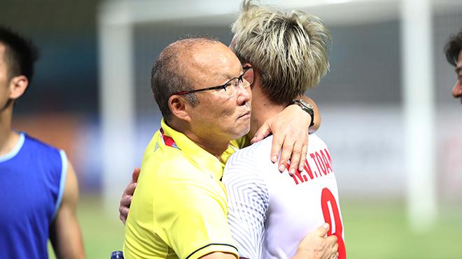 HLV Park Hang Seo rời Việt Nam,Quang Hải được vinh danh 'cậu bé vàng'
