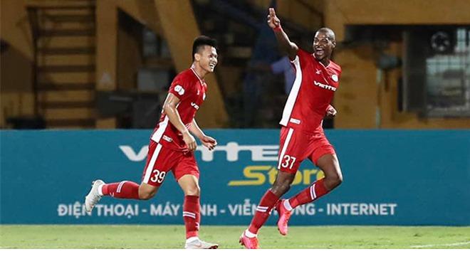 Chuyển nhượng V-League: Hà Nội chiêu mộ 'sát thủ' của Viettel