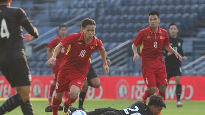 HLV Vương Tiến Dũng khen Công Phượng, chê hàng thủ U23 Việt Nam