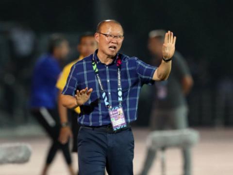 HLV Hoàng Anh Tuấn hỗ trợ thầy Park tuyển quân cho U23 Việt Nam