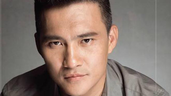 HLV Hữu Thắng khen Công Vinh chuyên nghiệp, CLB TP.HCM phủ nhận thông tin giải thể
