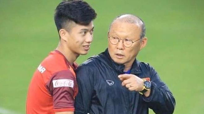 Bóng đá Việt Nam hôm nay: Văn Đức chấn thương. 'Messi Thái' bác tin được CLBchâu Âu chào mời