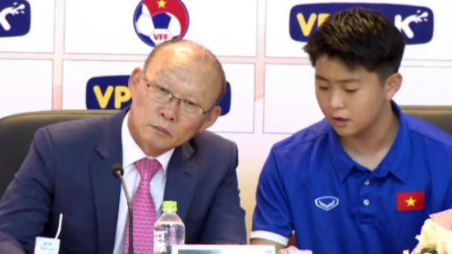 Tuyển Việt Nam so tài Seoul E Land FC, trợ lý HLV Park rời Việt Nam