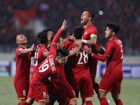 Thầy trò HLV Park Hang Seo mang 'sóng thần' tới ASIAN Cup, bán vé online trận Việt Nam - Triều Tiên