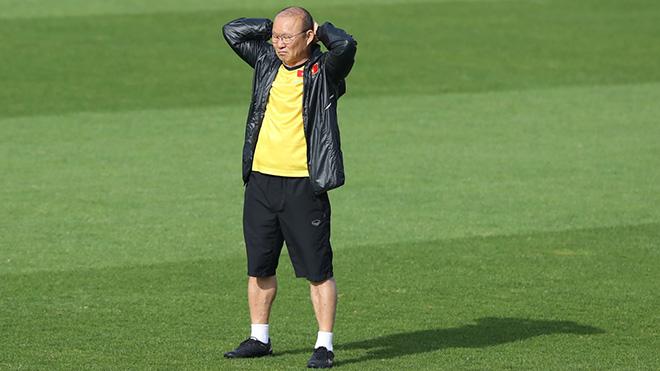 Bóng đá Việt Nam hôm nay 13/11: UAE làm quen sân Mỹ Đình, FIFA cảnh báo UAE về tuyển Việt Nam