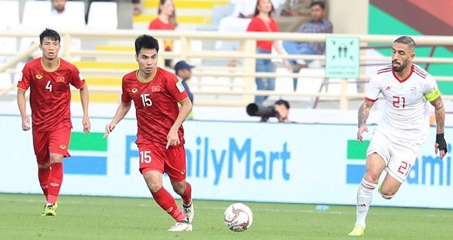 HLV Alfred Riedl, Văn Quyến, Đức Huy, Quốc Vượng, Hà Nội FC