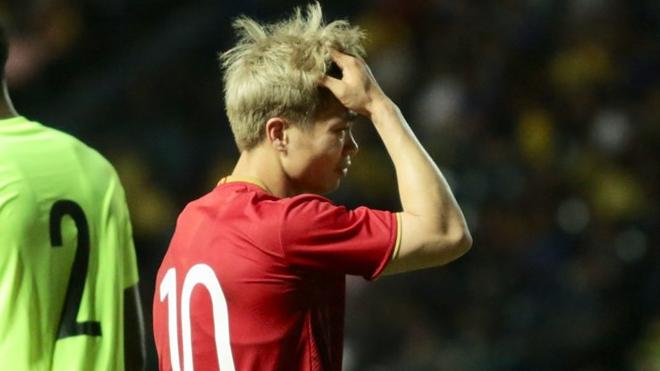 Bóng đá Việt Nam ngày 9/6: Công Phượng tiết lộ lý do 'mất tích' tại King's Cup