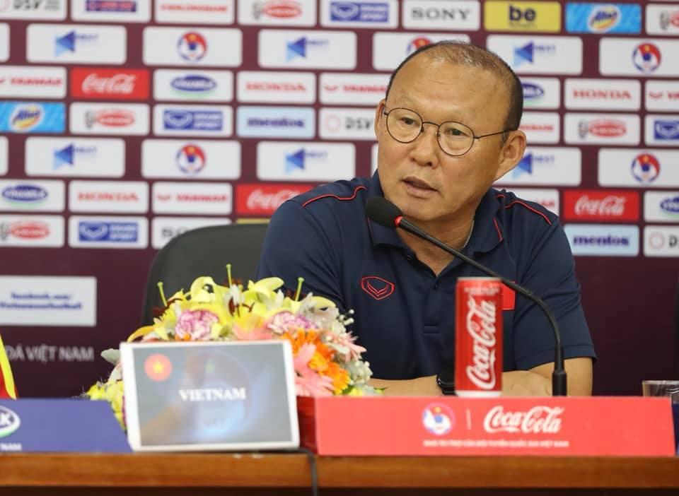 Tin bóng đá Việt Nam vs Thái Lan ngày 18/11: HLV Park chốtHùng Dũng, Trọng Hoàng bổ sung U22 Việt Nam dự SEA Games