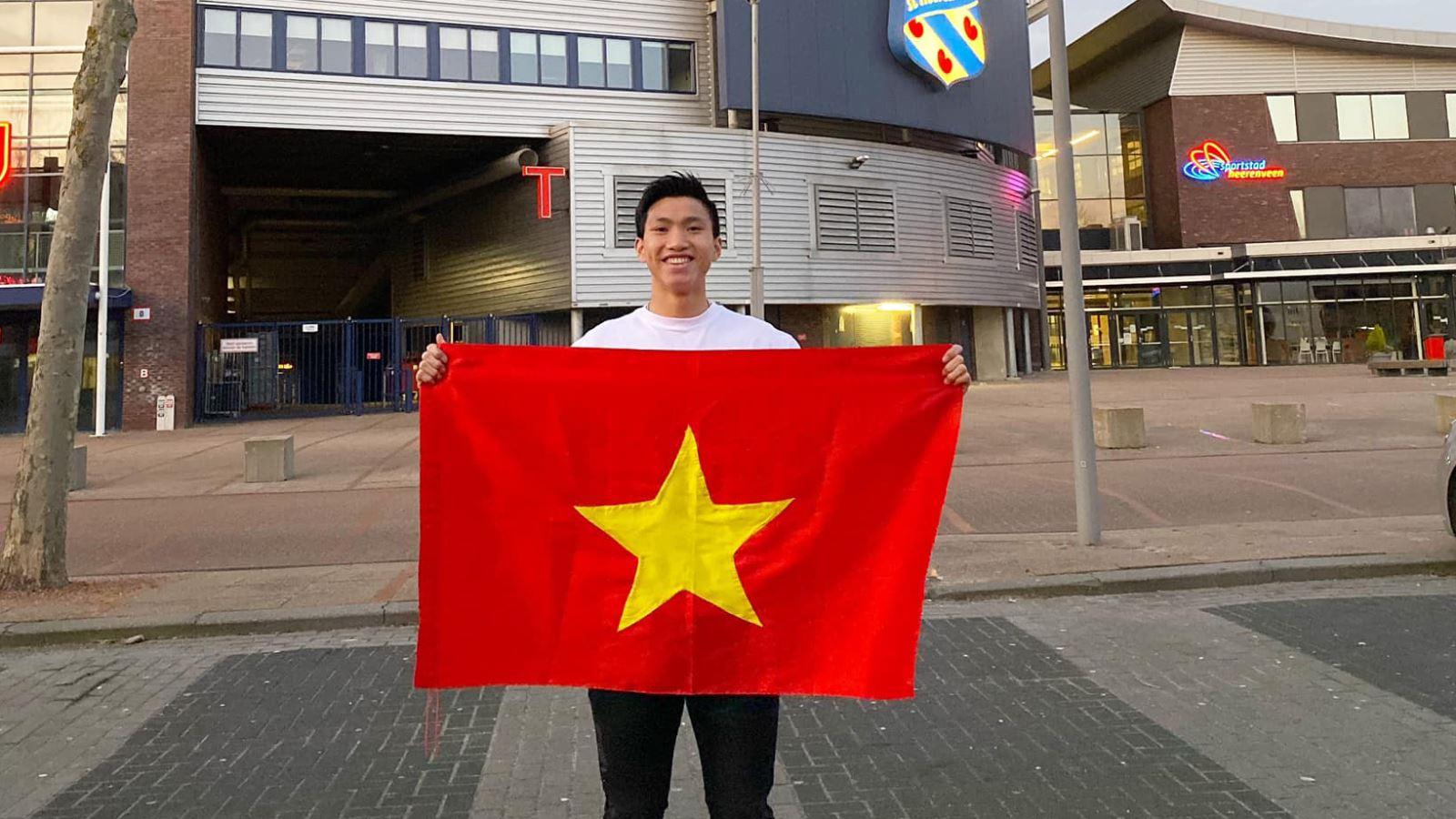 Bóng đá Việt Nam hôm nay: Văn Hậu kêu gọi CĐV đồng lòng chống COVID-19. UAE muốn chiêu mộ HLV vô địch World Cup