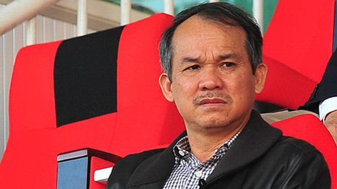 HLV Hà Nội FC thừa nhận nóng nảy, bầu Đức nhắn tin đòi 'đuổi' ngoại binh HAGL