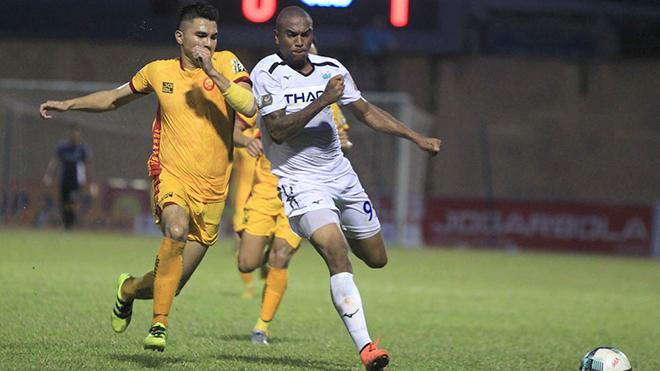 bóng đá Việt Nam, tin tức bóng đá, bong da, tin bong da, HAGL, SLNA, Martins, chuyển nhượng bóng đá Việt, V League, lịch thi đấu V League 2021