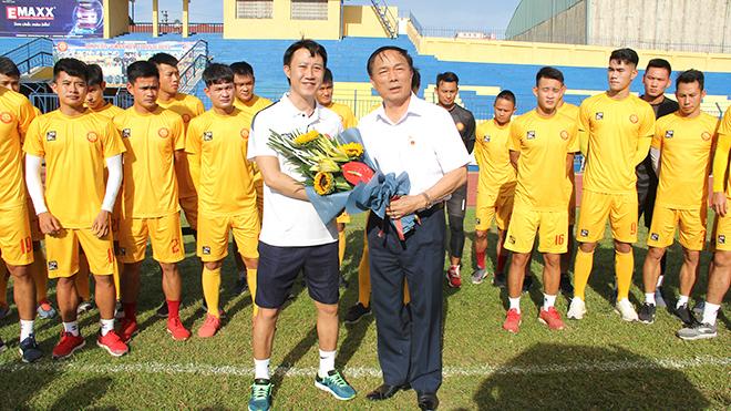 bóng đá Việt Nam, tin tức bóng đá, bong da, tin bong da, bầu Đệ, Thanh Hoá, V League, chuyển nhượng V League, lịch thi đấu bóng đá hôm nay