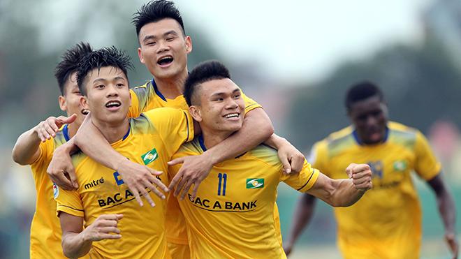 bóng đá Việt Nam, SLNA 4-1 Quảng Nam, kết quả bóng đá V League, BXH V League, lịch thi đấu bóng đá V League, Phan Văn Đức, SLNA, Quảng Nam, vpf