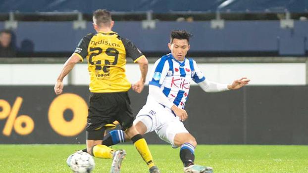 Bóng đá Việt Nam hôm nay: Văn Hậu cần 2 tuần để hồi phục. HLV Park Hang Seo gặp khó với Duy Mạnh