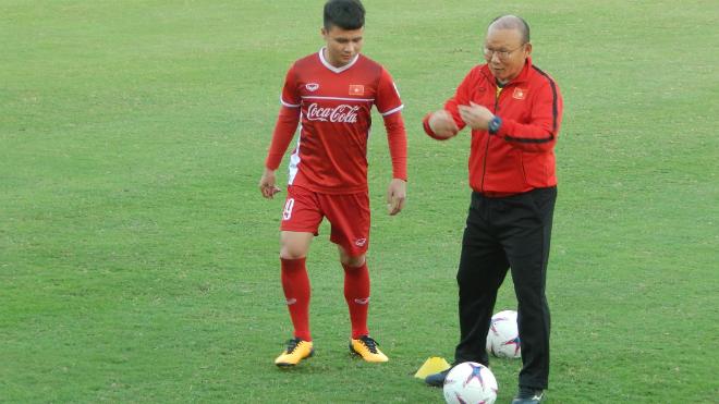 HLV Park Hang Seo nâng độ khó bài rèn thể lực của tuyển Việt Nam